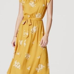 Ann Taylor Loft XS hydrangea dress